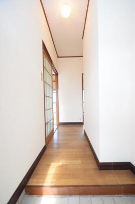 【玄関】ラメール彦島