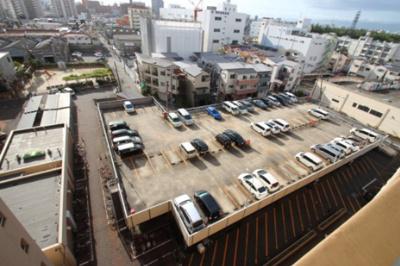 駐車場です。現状は空きありですので、ご確認もお任せください。