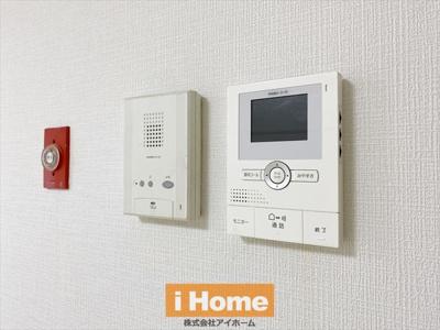 TVモニター付インターホンのため来客時の対応も安心です!
