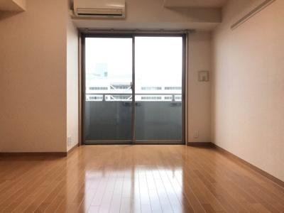 【居間・リビング】COZYCOURT三軒茶屋TOKYO