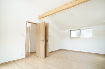 2Fの洋室は、どちらの部屋もライフスタイルの変化に合わせて、4部屋取れる仕様となっています!