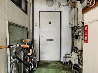 【玄関】中之町ハイツ