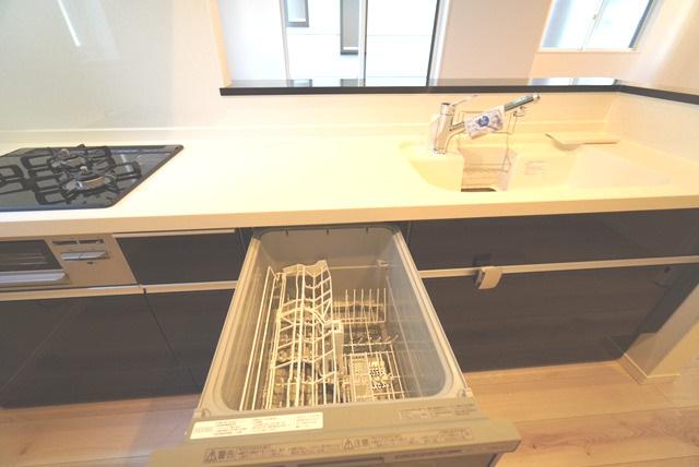 食器洗浄機です。
