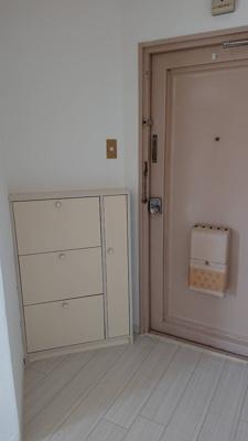【玄関】中野グリーンハイツ23棟