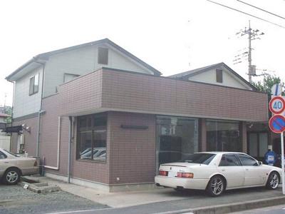 「センター北」駅にアクセス可能な最寄りバス停より徒歩3分!横浜市都筑区東山田にある店舗事務所です!
