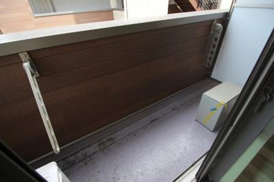 洗濯物も干せるスペースがしっかりあります♪ ※写真は別号室です。