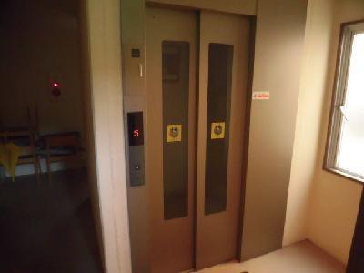 2Fからエレベーターあり