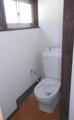 【トイレ】甲府市大里町 平屋中古住宅