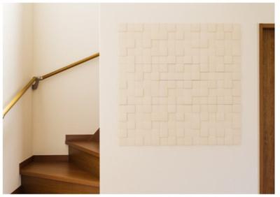 自ずと家族の気配が伝わる、リビング階段を採用※他現場施工例写真