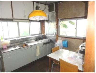 【キッチン】中巨摩郡昭和町河東中島 平屋中古住宅