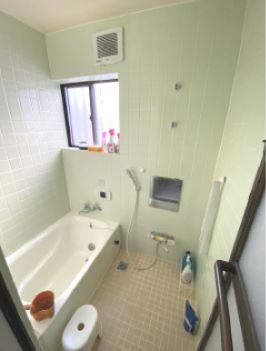1階共用浴室です。