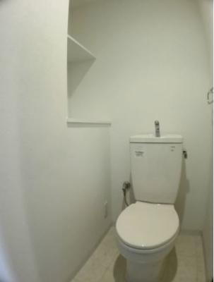 トイレです(同物件別部屋の写真)