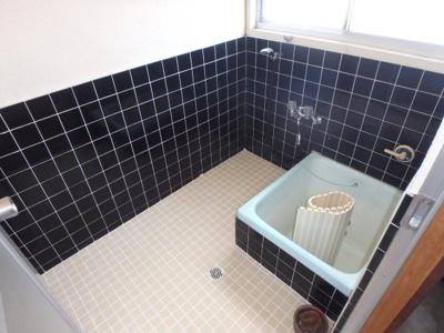 【浴室】新田貸家