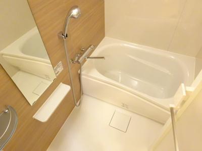 【浴室】ルーブル三軒茶屋伍番館
