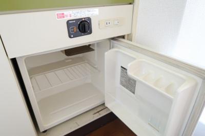 備え付けのミニ冷蔵庫