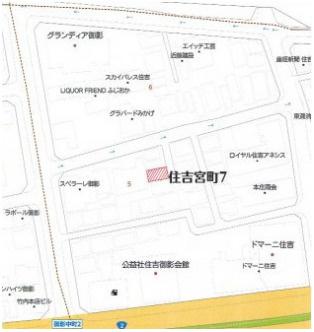 【地図】岸中邸