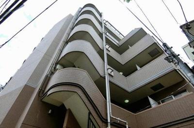 ドルチェ・ロイヤルステージ新大塚の外観