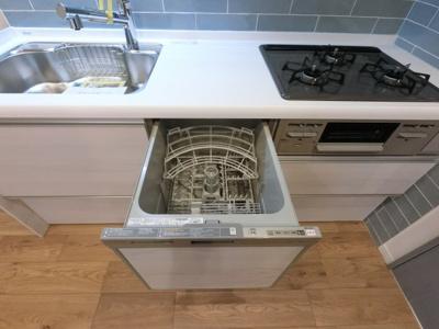 食洗器がついております。 洗い物が多い時に大変便利です。