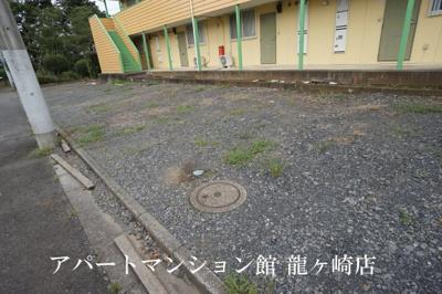 【駐車場】ガーデンパレスA