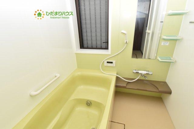 【浴室】鴻巣市愛の町 中古一戸建て