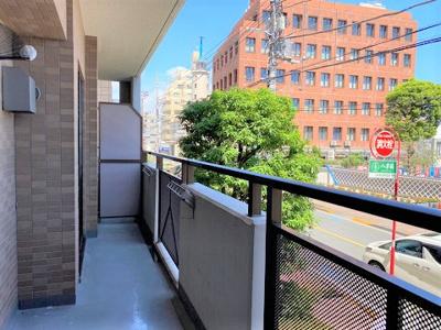 2階のお部屋でも前面に視界を遮る建物はありません。