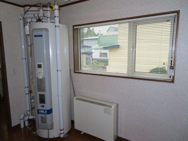 HOLS電気温水器