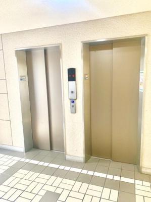 エレベーター2基ございます。