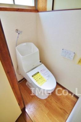 ウォッシュレット付トイレに新品交換!