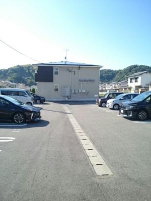 【駐車場】ミニヨンハウスSAYAⅡ B