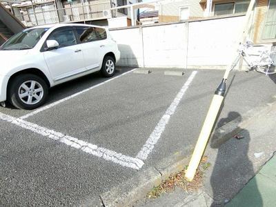 【駐車場】ハイツニューパリア