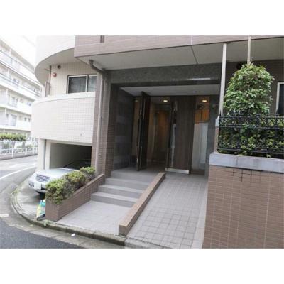 【エントランス】ラグジュアリーアパートメント目黒東山(ラグジュアリーアパートメントメグロヒガシヤマ)