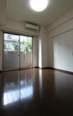 【洋室】ラグジュアリーアパートメント目黒東山(ラグジュアリーアパートメントメグロヒガシヤマ)