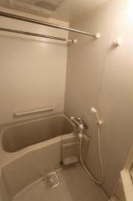 【浴室】ラグジュアリーアパートメント目黒東山(ラグジュアリーアパートメントメグロヒガシヤマ)