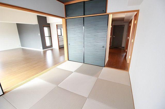 リビング横の和室は、思い切りお子様が遊べるキッズスペースにぴったり!