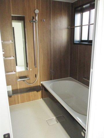【浴室】春日井市 坂下町角地