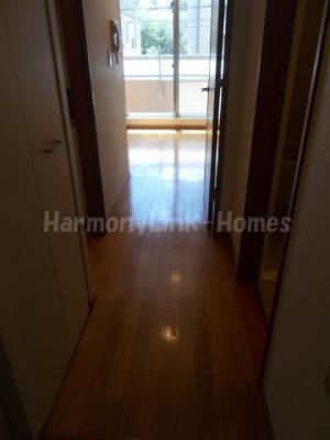 パークビュー山手大塚のシンプルで使いやすい玄関です