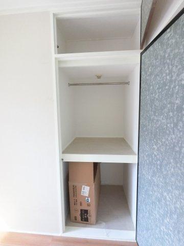 収納スペースがたくさんあり助かりますね。