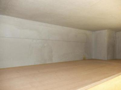 屋根裏収納付きでかさばる荷物もすっきり収納できます。