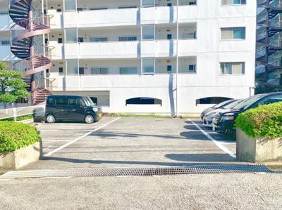 【駐車場】狭山ハウス1号棟