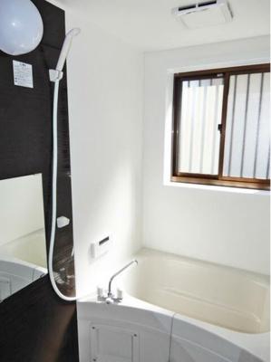 【浴室】甲府市中小河原1丁目2号棟 中古住宅