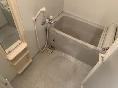 【浴室】シオン西岡本