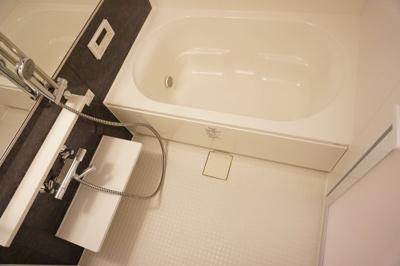 【浴室】ルボワ天満橋