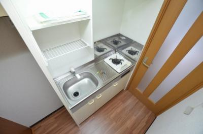 【キッチン】エステート大宮