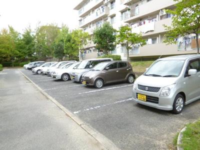 【駐車場】箕面粟生第二住宅