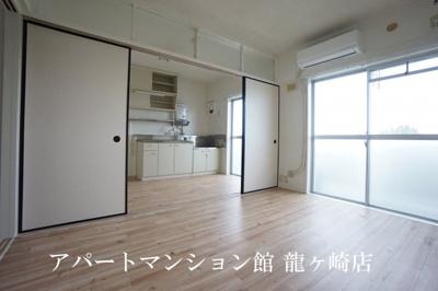 【居間・リビング】ビレッジハウス奈戸岡1号棟