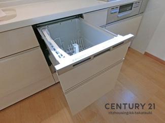 食洗機付きシステムキッチン! 食洗機があれば片付けも楽々です。
