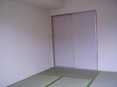 和室 写真は102号室で103号室は反転になります