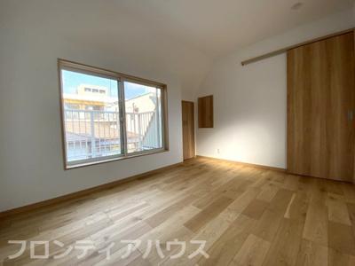 3階洋室収納