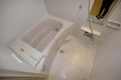 【浴室】Camellia Tor Rord