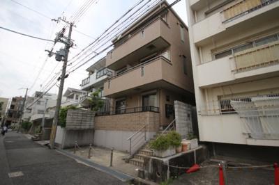 【外観】ラ・クエスタ岡本